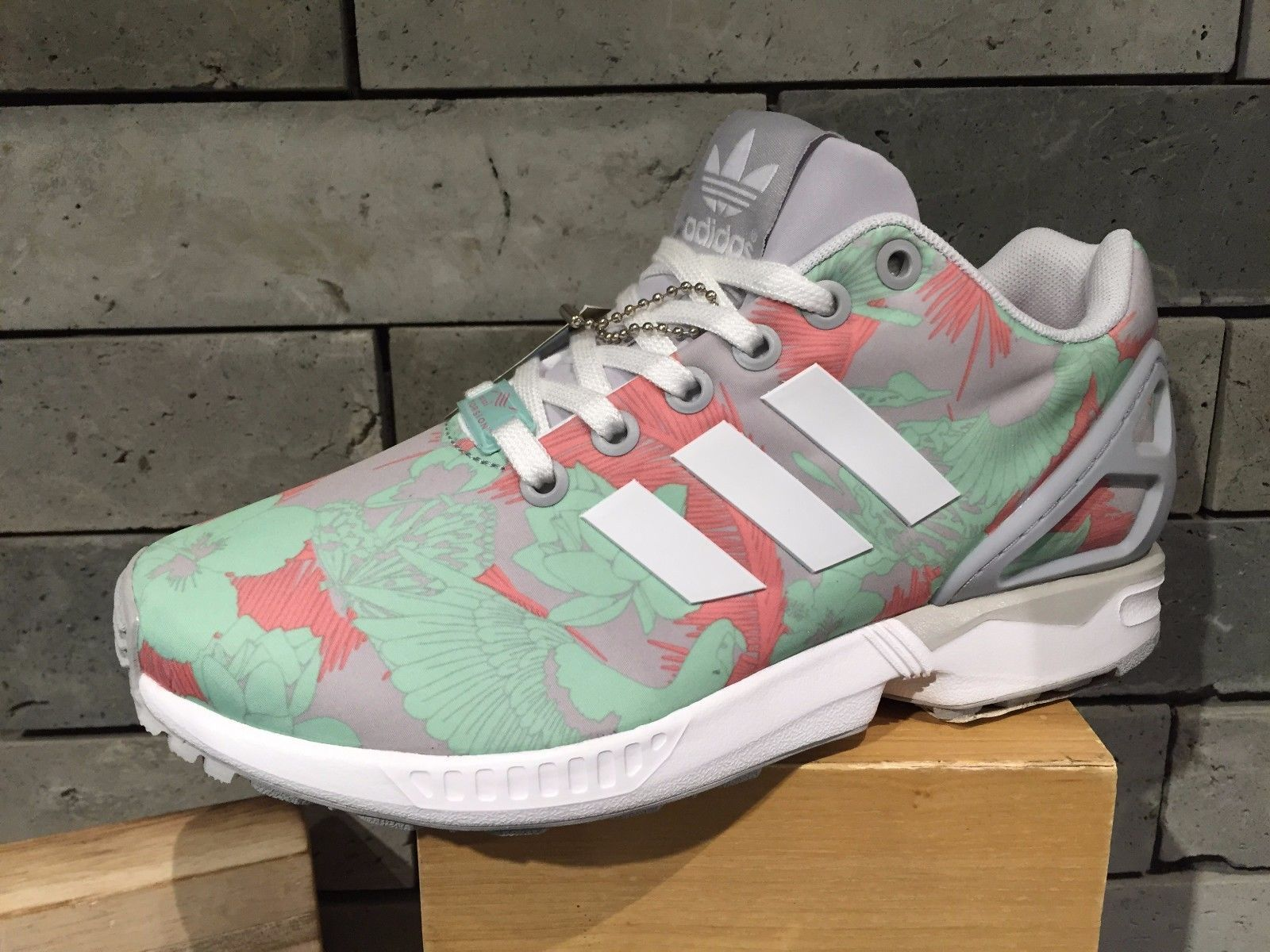 91da78f5e35c Adidas Originals ZX Flux W Grey Green Floral Print M19456  199.00 ...