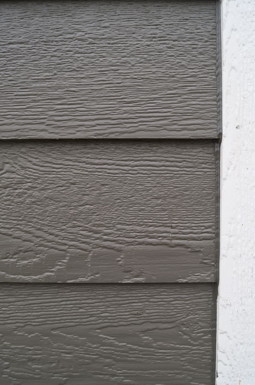 Lx Pro Prefinished In Midnight Bronze On Lp Smartside Cedar Lap Siding With White Trim House Siding Cedar Lap Siding House Exterior