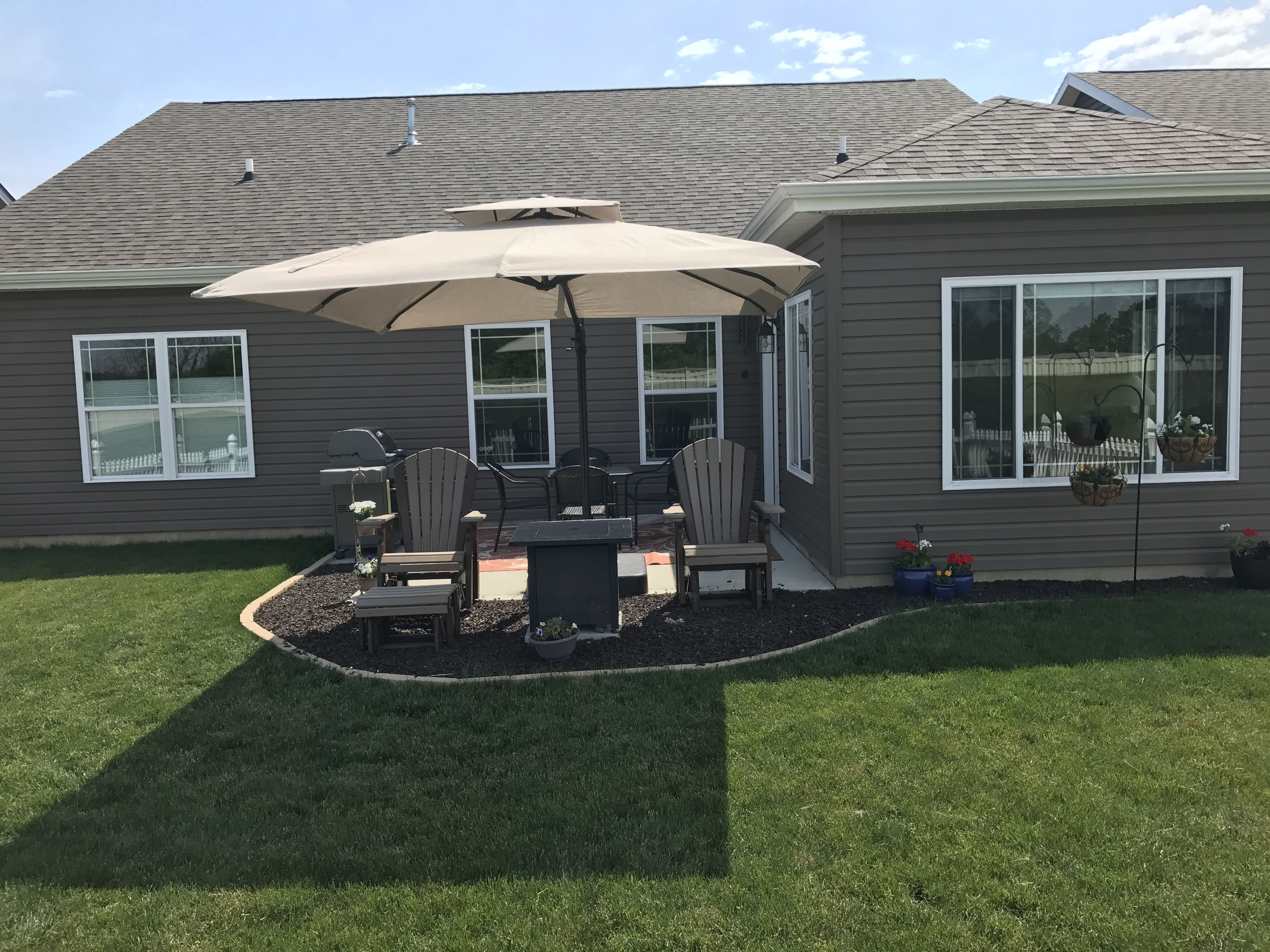 Expand Small Patio With Rubber Mulch And Concrete Edgers