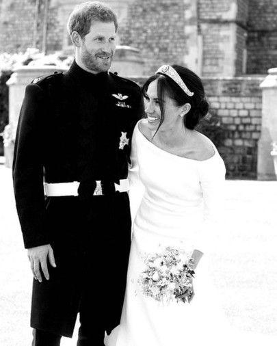 Meghan Markle Givenchy Wedding Dress + Tiara 👑💛 In 2019