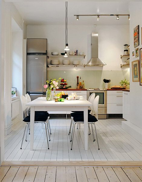 32 brilliant hacks to make a small kitchen look bigger small apartment kitchen small on kitchen interior small space id=66447