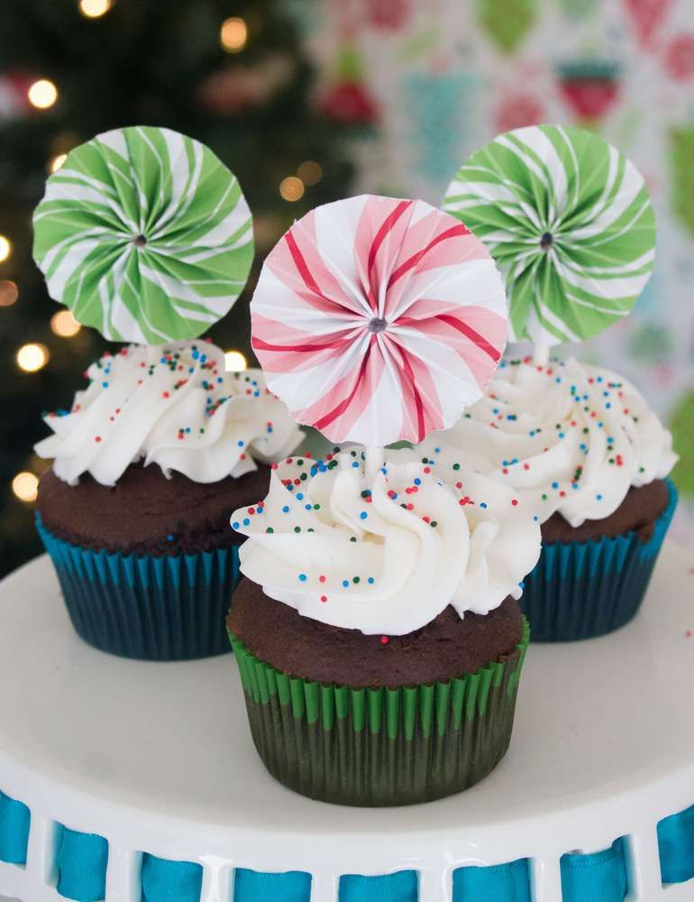 Christmas Christmas/Holiday Party Ideas Party cupcakes, Christmas
