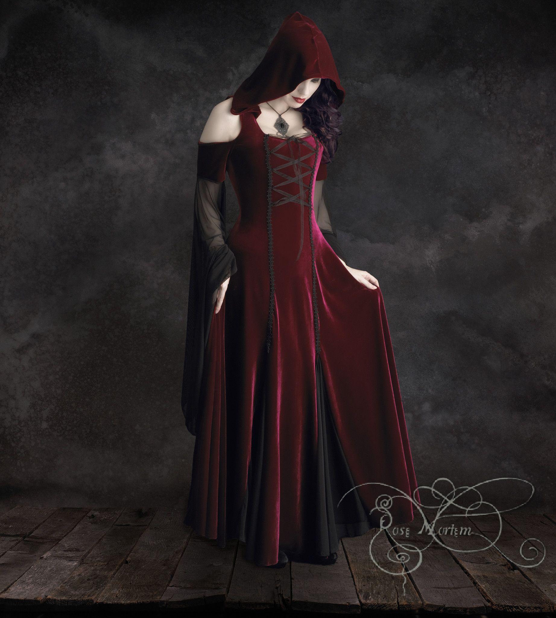 Discount Fantasy Fairy Medieval Gothic Wedding Dresses: Aislinn Gothic Dress W Hood