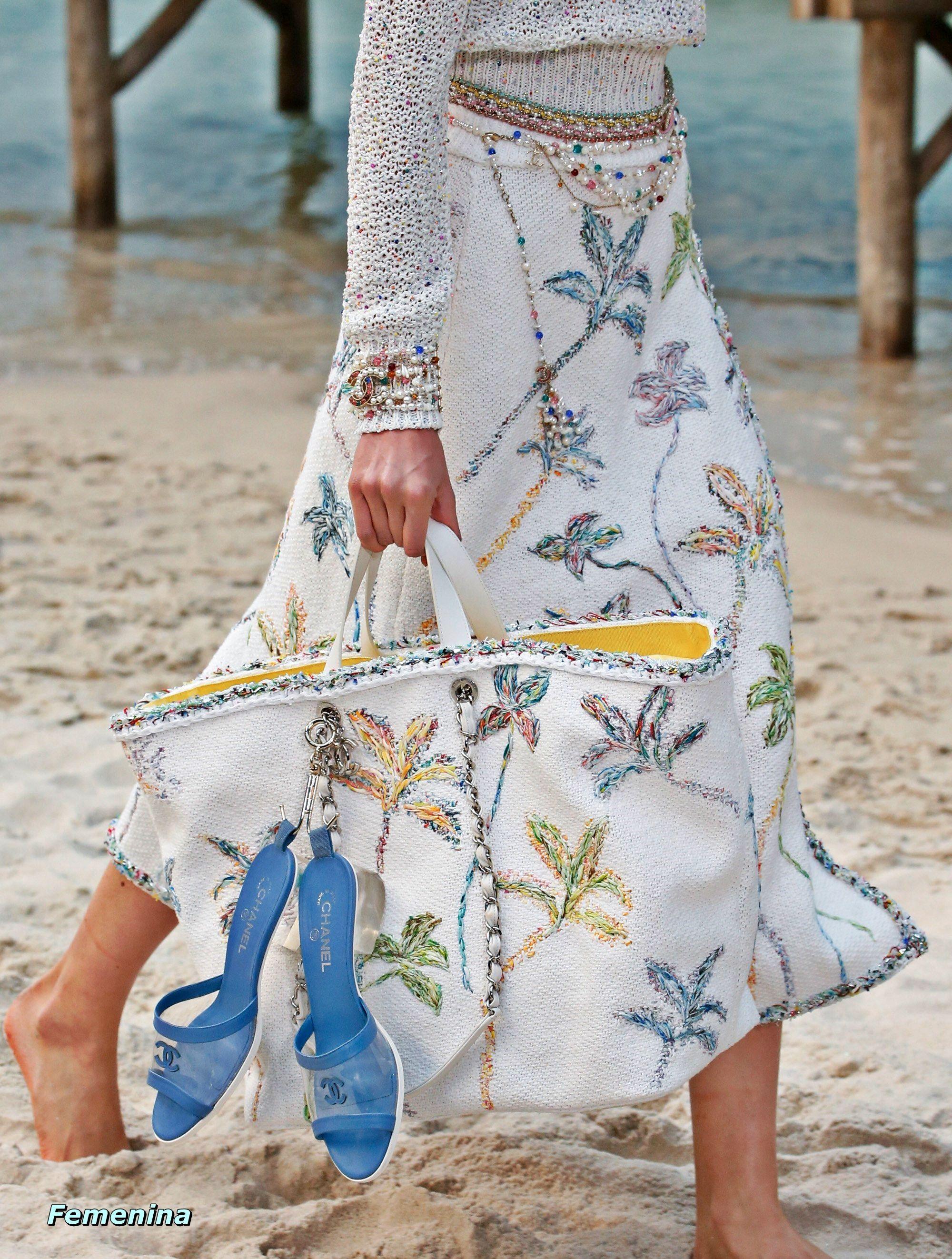 916124b24468 Chanel Spring Summer 2019 RTW -Details  bag