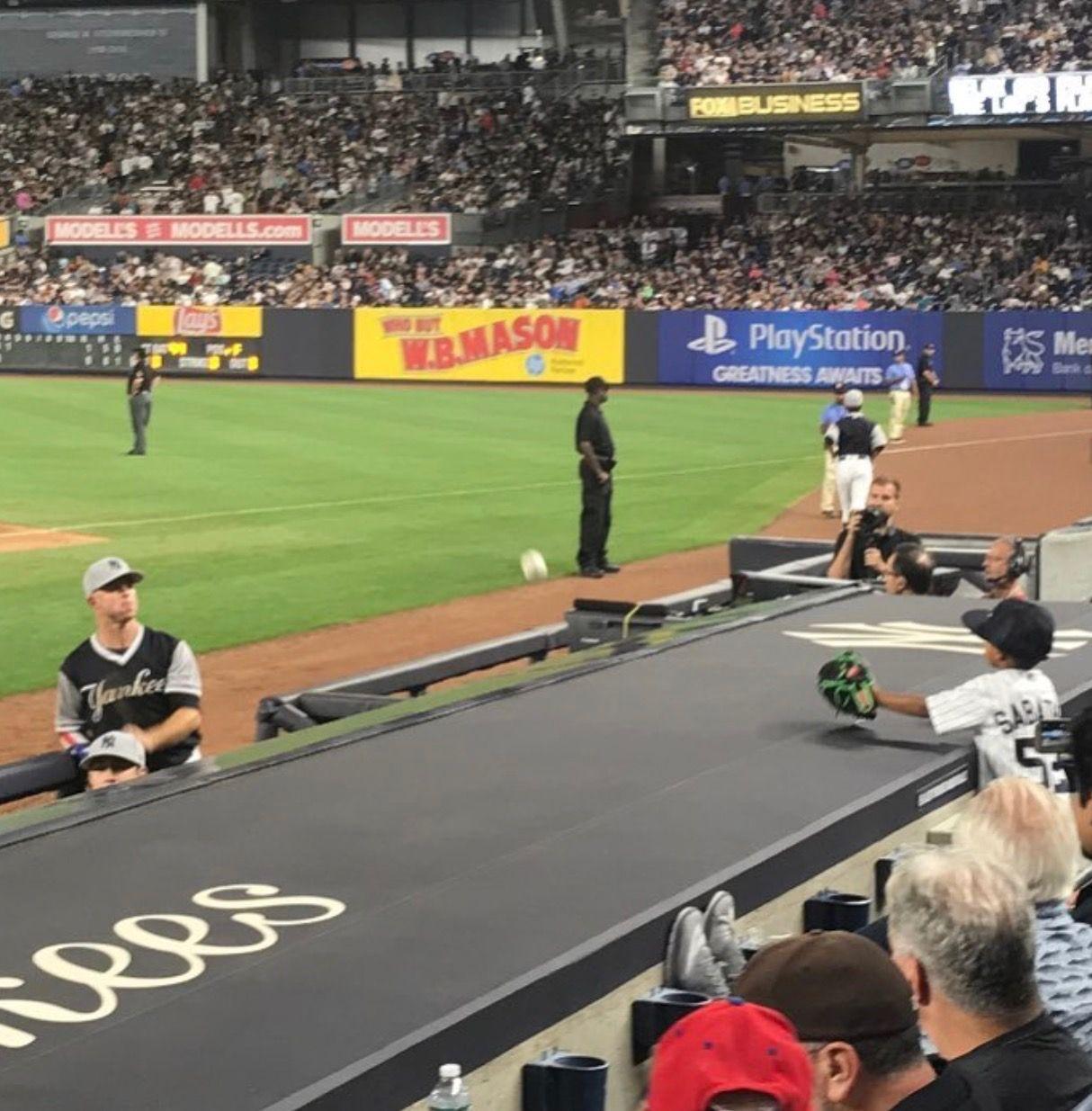 Derek Jeter S Nephew Jalen Playing Catch With Brett Gardner Over The Yankees Dugout Yankees Baseball Yankees New York Yankees