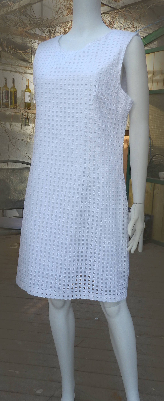 Alfred Sung Women S White Eyelet Shift Dress White Cotton Etsy White Cotton Summer Dress Cotton Dress Summer White Cotton Dress [ 3000 x 1230 Pixel ]