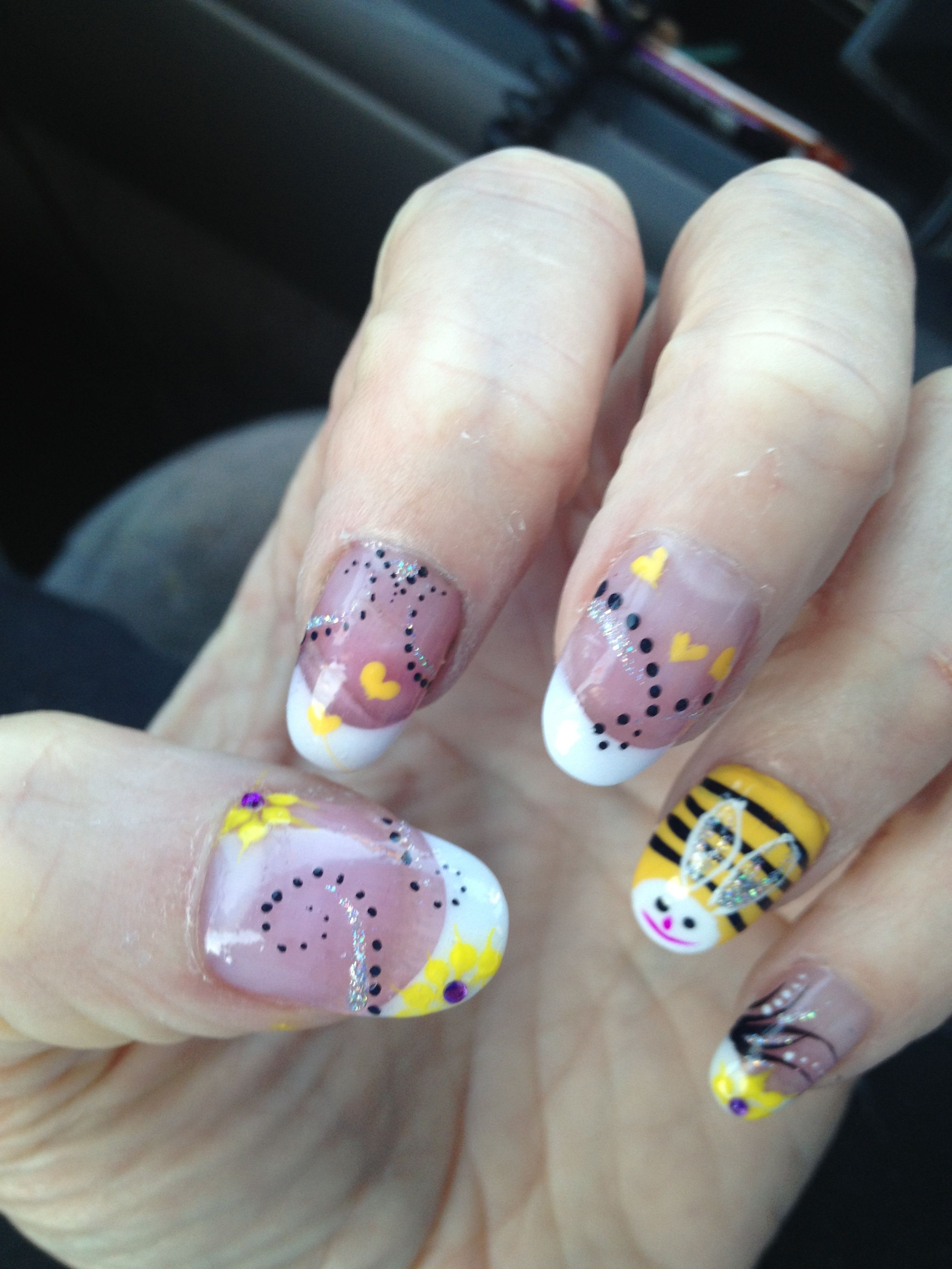I Love My Bumble Bee Nail Art Nails Pinterest Bumble Bee