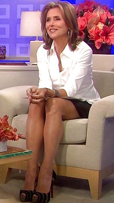 Meredith viera pantyhose shoeplay