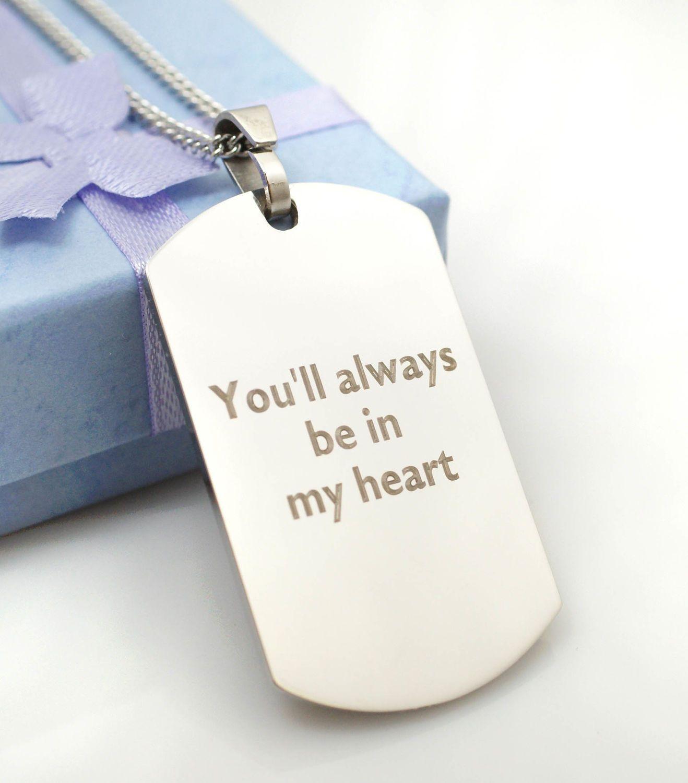#Korut Koru omalla tekstikaiverruksella. Tilaa lahjaksi tai omaksi! #lahjat #lahjaidoita #korut #koru