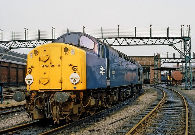 40093 (ex D293) at Longsight during spring 1981. Built at the English Electric Vulcan Foundry and delivered on 12th Sept 1960. Withdrawn on 4th Dec 1983 and cut up at Doncaster Works on 2nd June 1984.