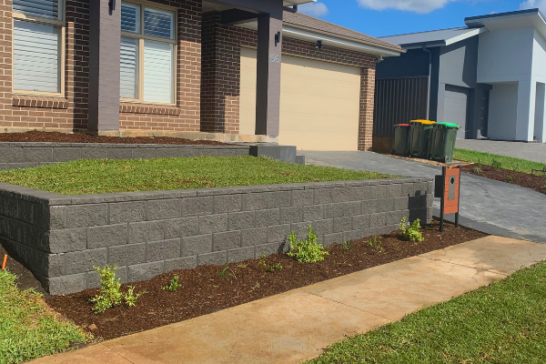 Retaining Walls And Why Are They Important Retaining Wall Concrete Sleeper Retaining Walls Types Of Bricks
