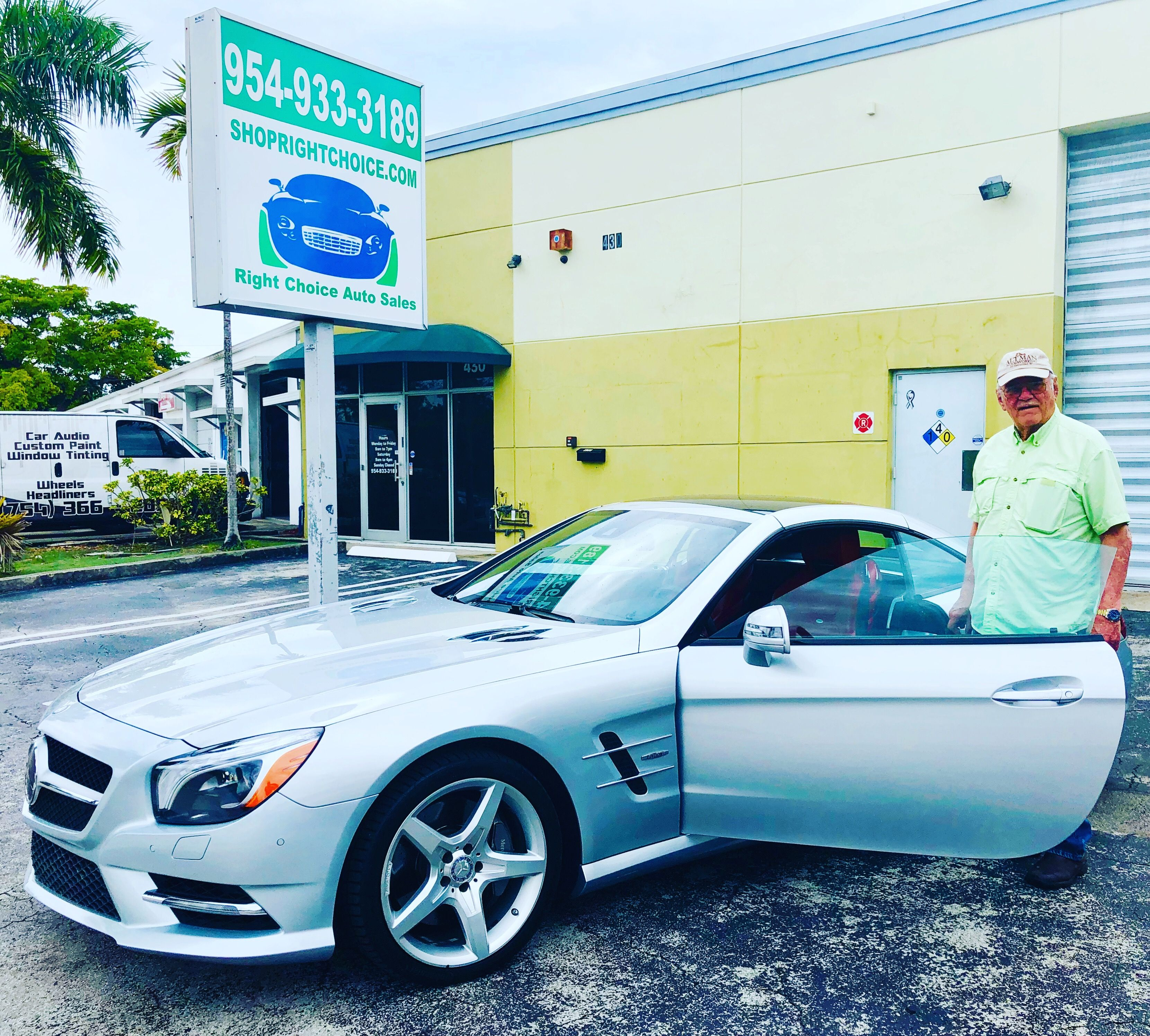Another Happy Customer At Right Choice Auto Sales In Pompano Beach Fl Bill Flew In From Nc And Drove Home In This Spec Cars For Sale Pompano Beach Used Cars