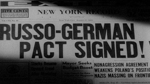 Image result for nazis and soviets sign a nonaggression pact on eve of ww2