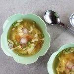 Receita de sopa de ovos com gengibre e ervilhas