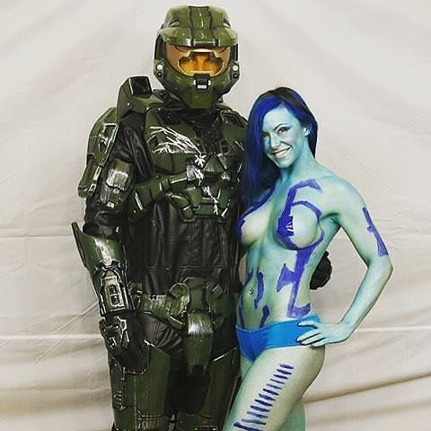 60 Costume Ideas For Couples Who Love to Geek Out Together ...