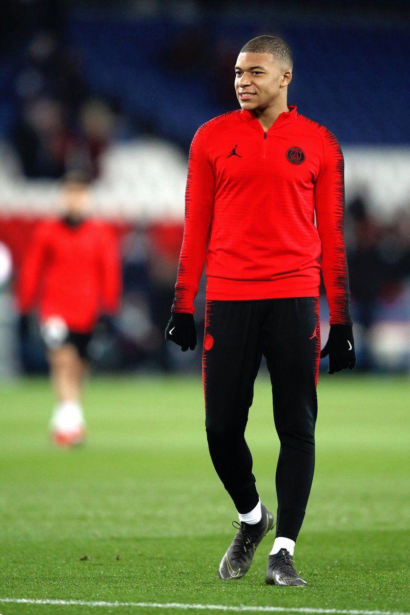 Mbappe Liverpool goalkeeper, Liverpool soccer, Liverpool