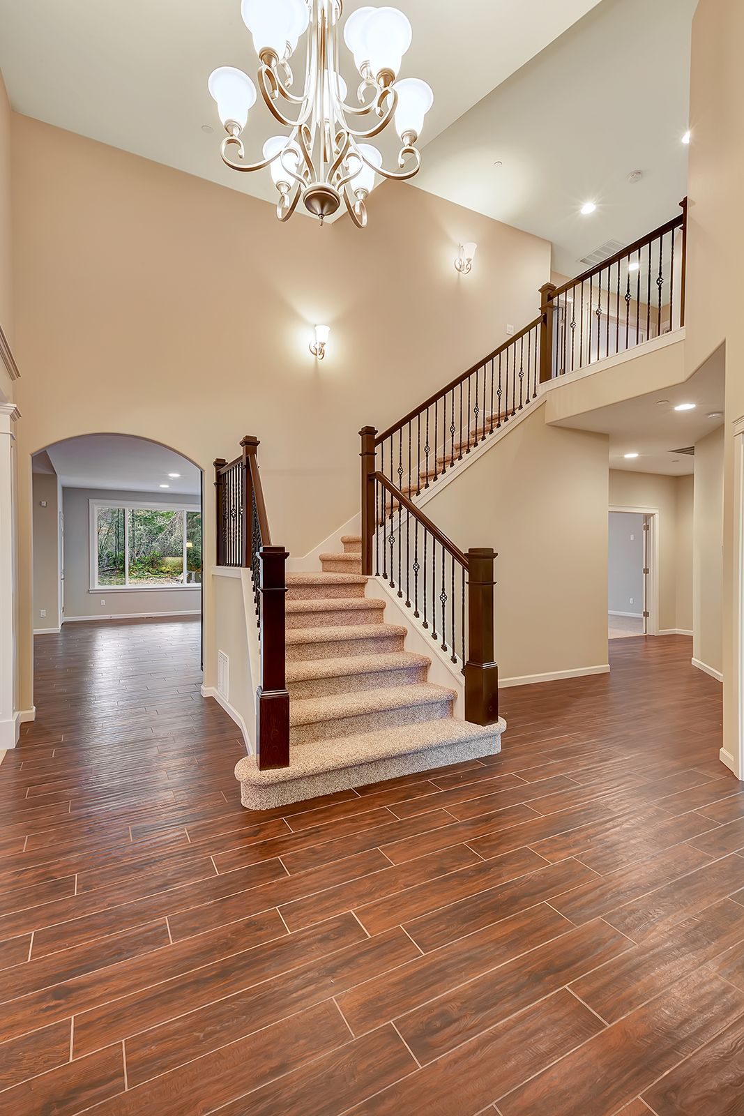 Best Beautiful Two Story Entry With A Grand Staircase Tile 640 x 480