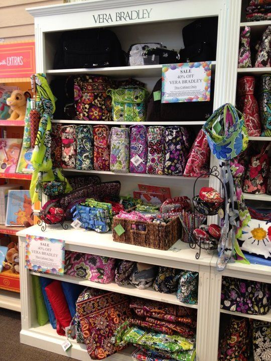 Vera Bradley retired styles and patterns are all 40% off!!   Vera ... f97d1c4727