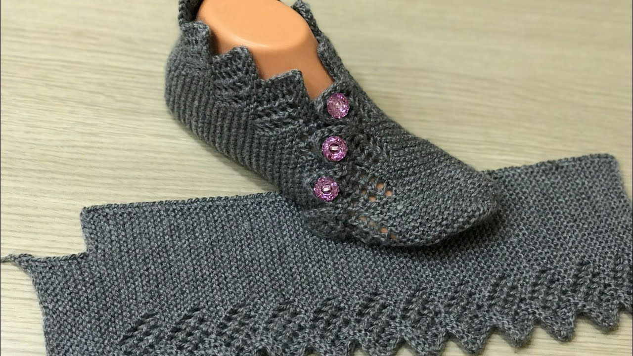 Photo of Two Skewers Openwork New Booties