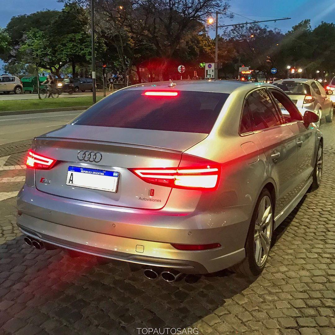 Que Lindo Es Este Sedan Chico Audi S3 Ficha Tecnica Motor 4 Cilindros 2 0 Turbo Potencia 300cv Aceleraci Luxury Vehicles Car
