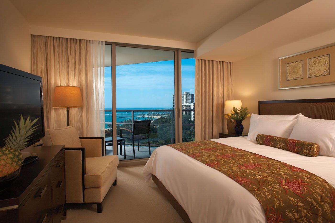 Featured At: Http://www.tophotellists.com/top 10 Hotels In Honolulu United States/  | Trump International Hotel Waikiki Beach Walk   Honolulu | Pinterest ...