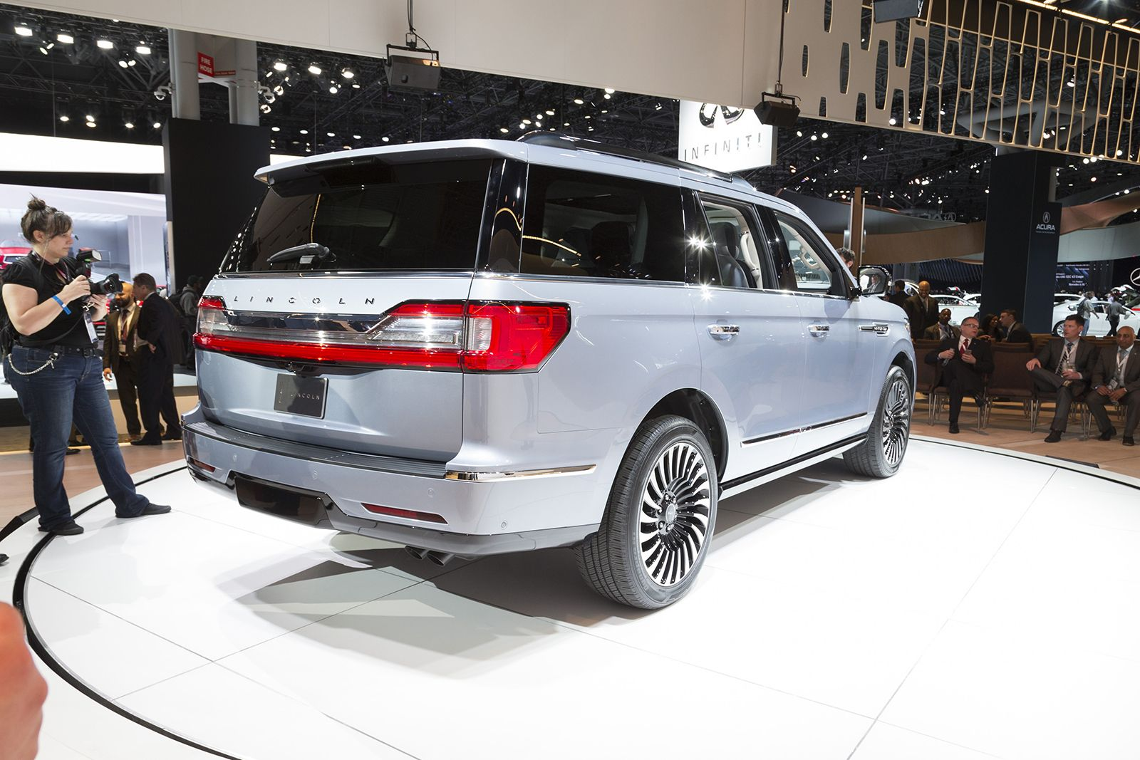 2018 lincoln navigator first look