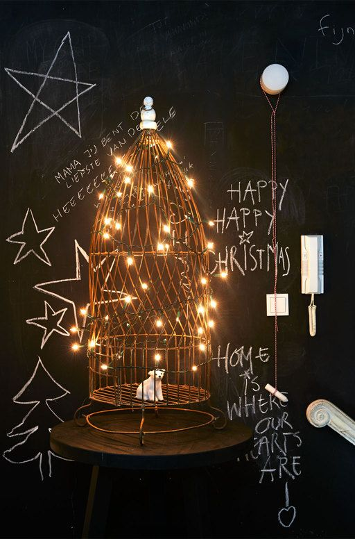 Verlichte vogelkooi - vtwonen #christmas #lights #birdcage #chalk ...