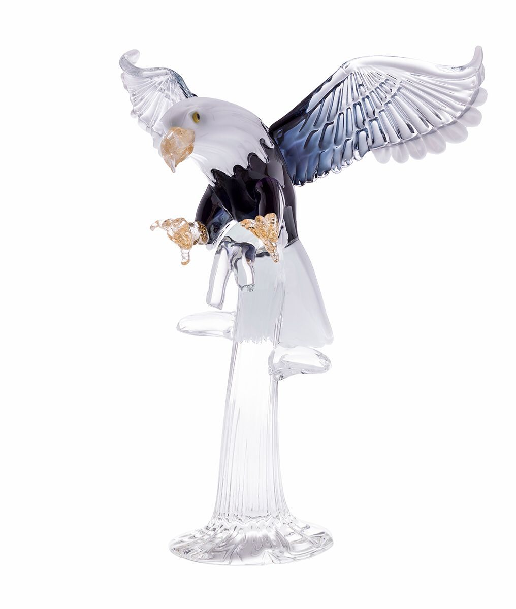 Murano glass (Venetian glass) eagle. It's a stunning piece to gift or for your home décor!