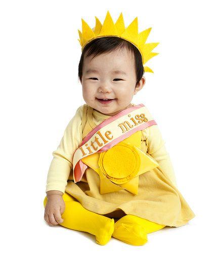 16 easy diy halloween costumes - Little Miss Sunshine Halloween Costume