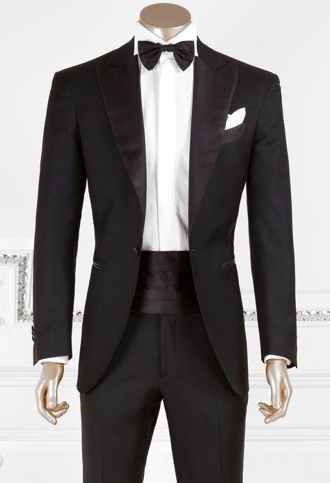 b0a519595db8 L abito per l uomo è sicuramente il capo di abbigliamento più elegante.  Ecco le Basi dell Eleganza suggerite dall Avvocato  per scegliere l abito  più ...