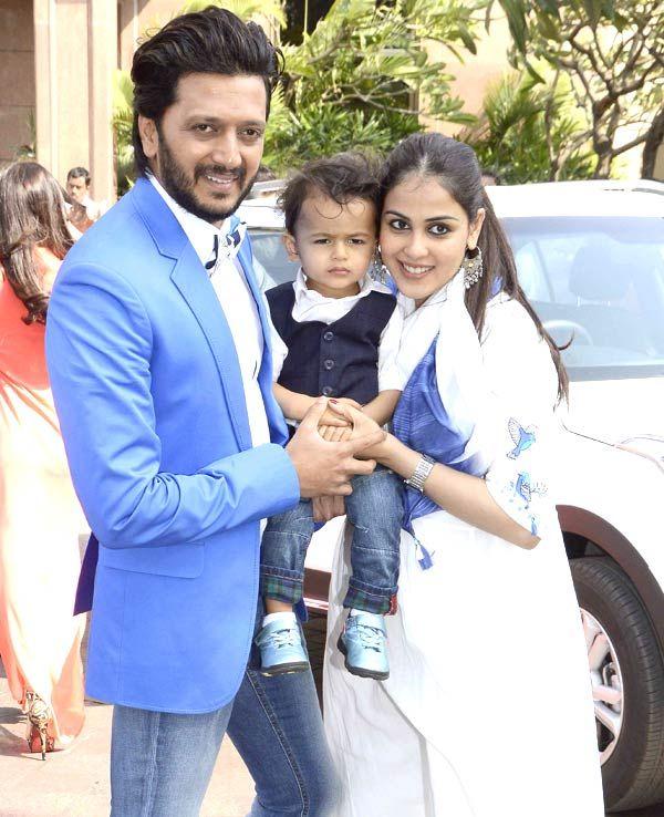 Riteish Deshmukh with wife Genelia and son Riaan at Arpita ...