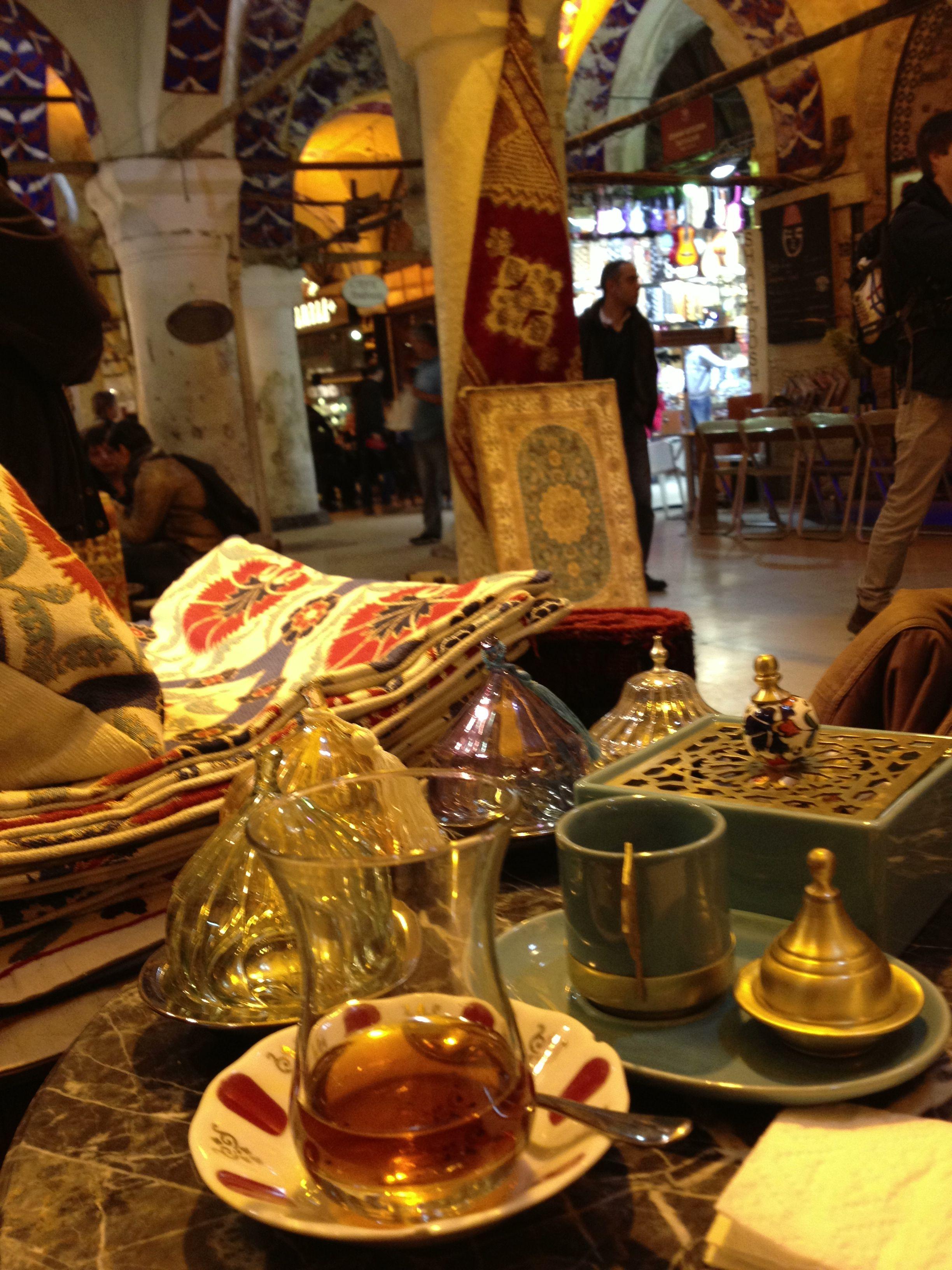 Turkish Tea at Kapalicarsi Istanbul Grand Bazaar