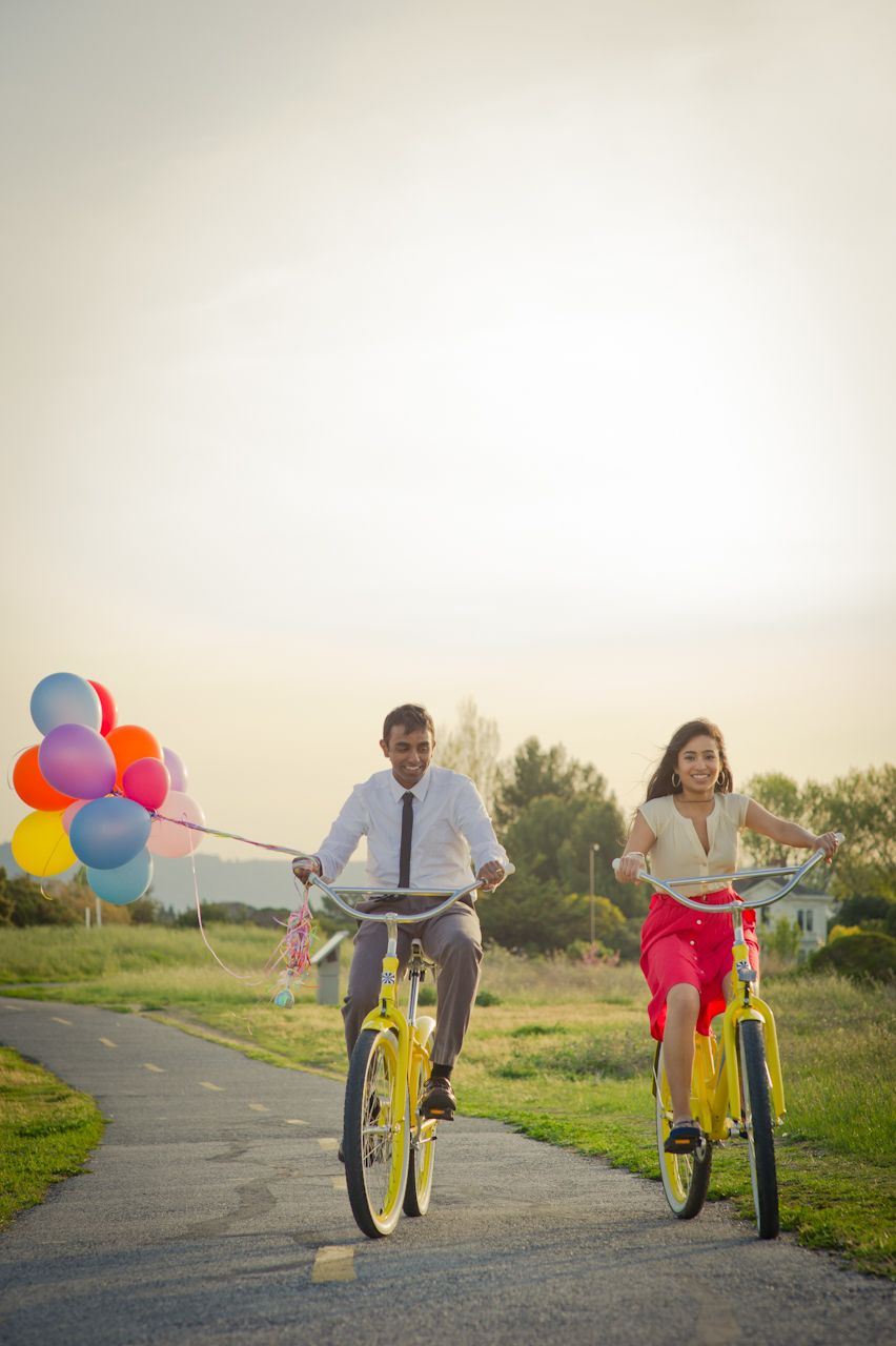 engagement with bikes and balloons | E-session / Prenup Concepts ...