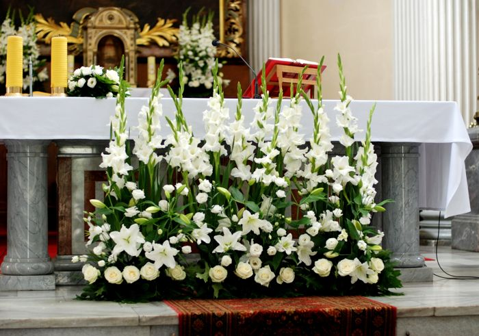 Podobny Obraz Church Flowers Wedding Flowers Flowers