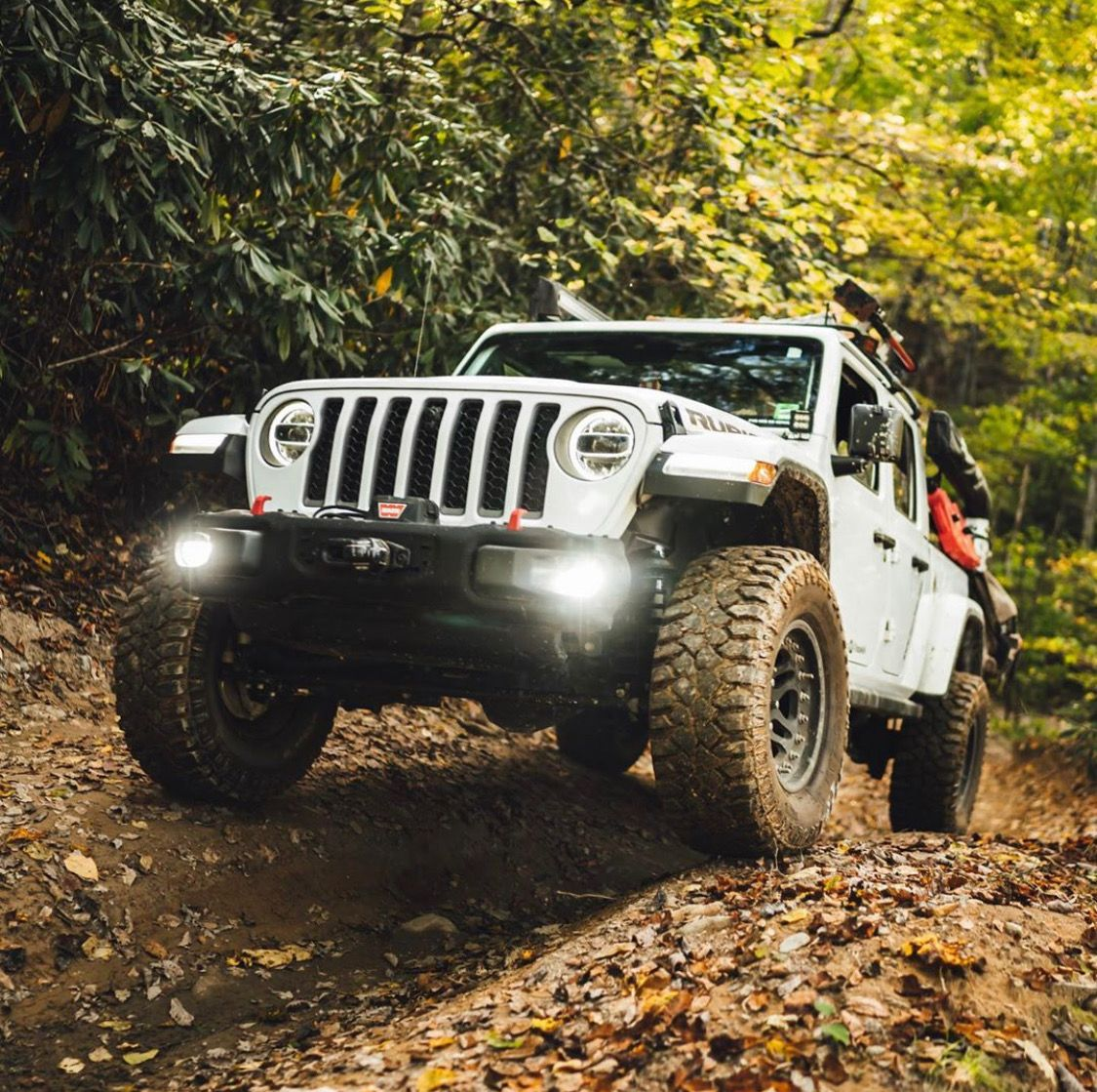 Take It All In Kjmgarage Lifted 2020 Jeep Gladiator