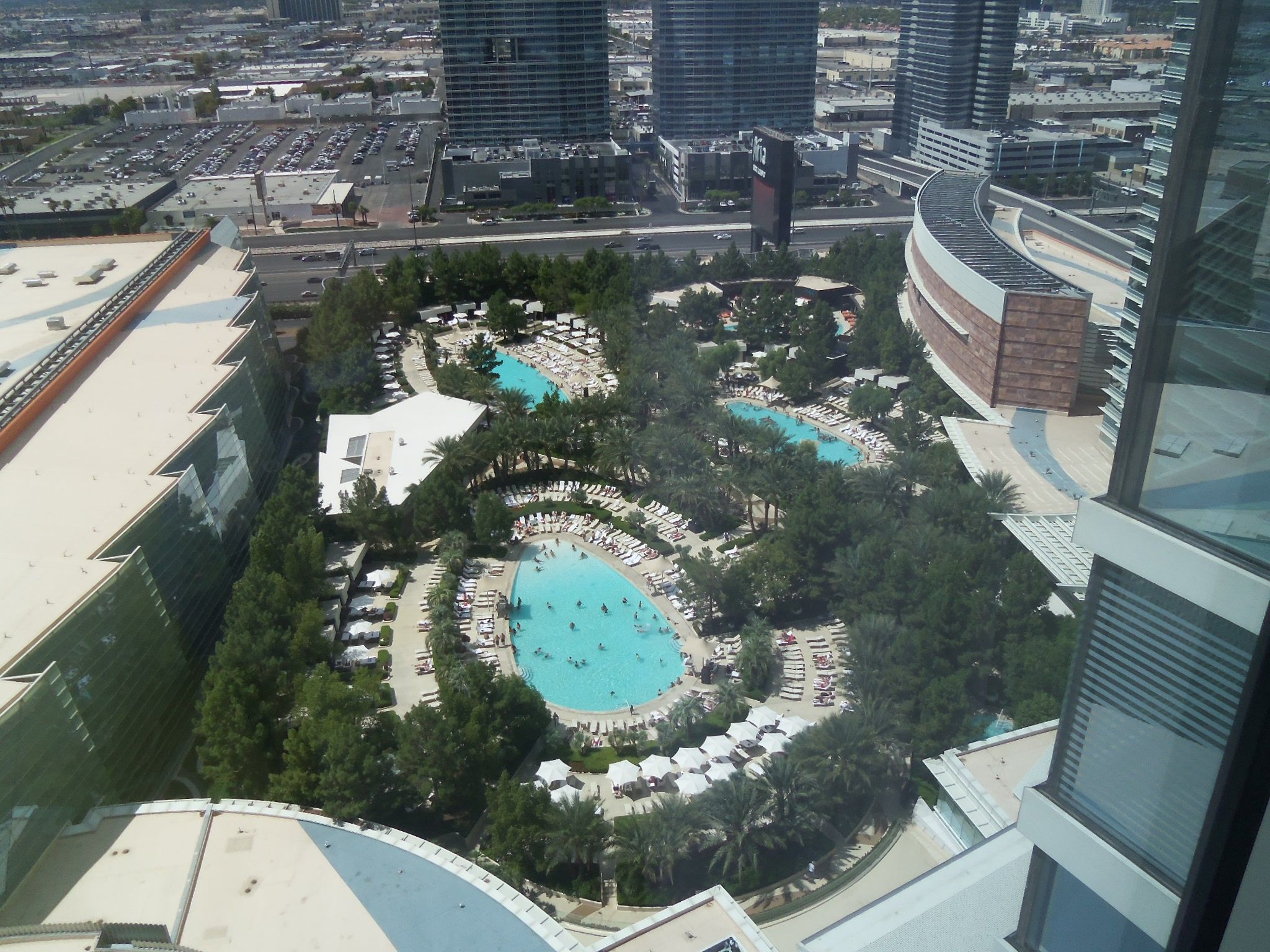 Aria Pool Area Las Vegas More Pools Not Shown Pool Area How To Memorize Things Places