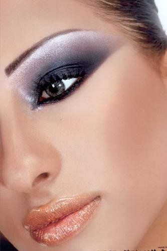 Sultry smoky eyes & nude lip