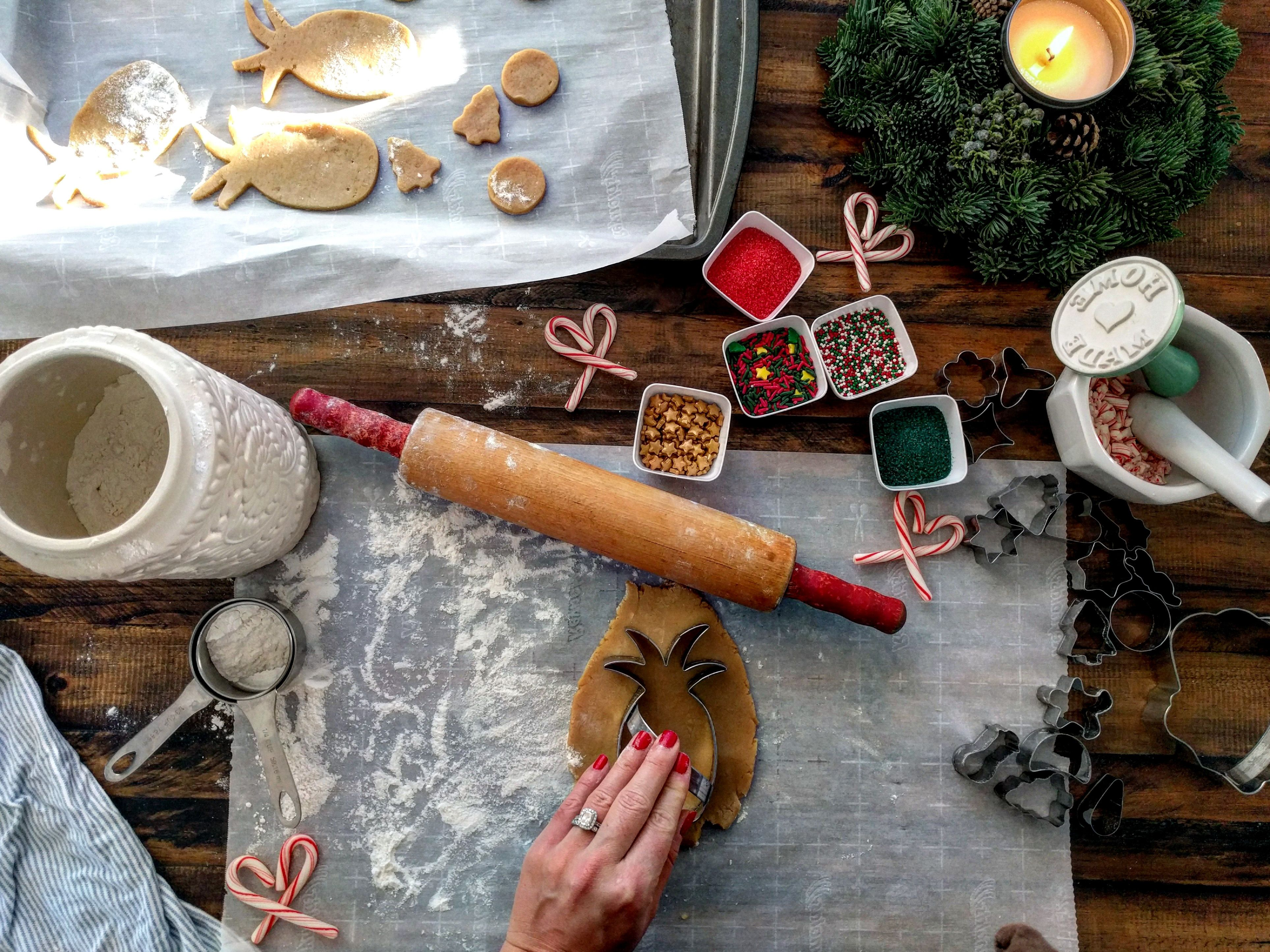 Holiday Cookie Recipes From Around the World #cookies #holiday #recipes #baking #foodies # ...