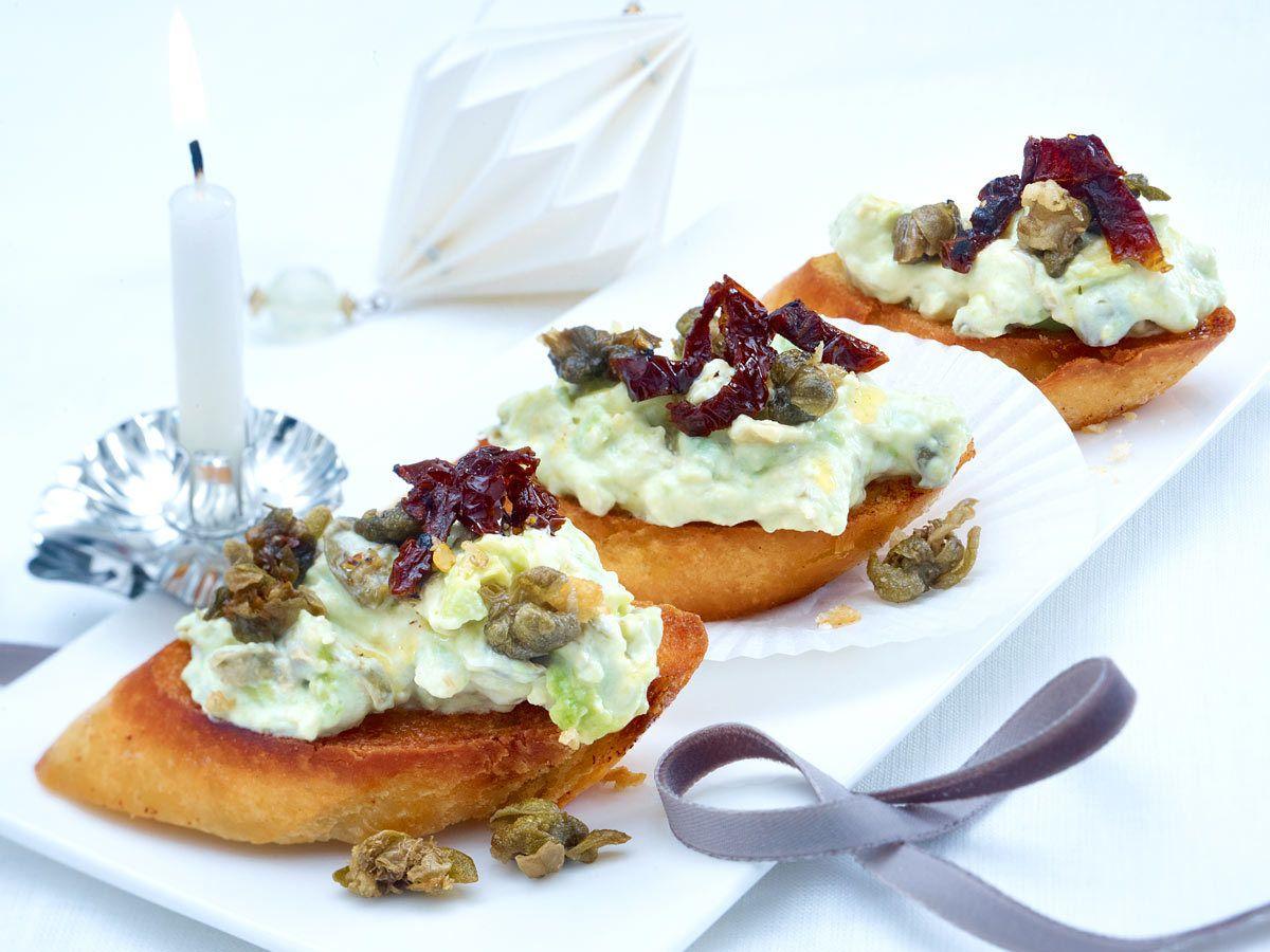 Canapés - kleine Leckereien für Schnittchen-Fans - avocado-bruschetta  Rezept