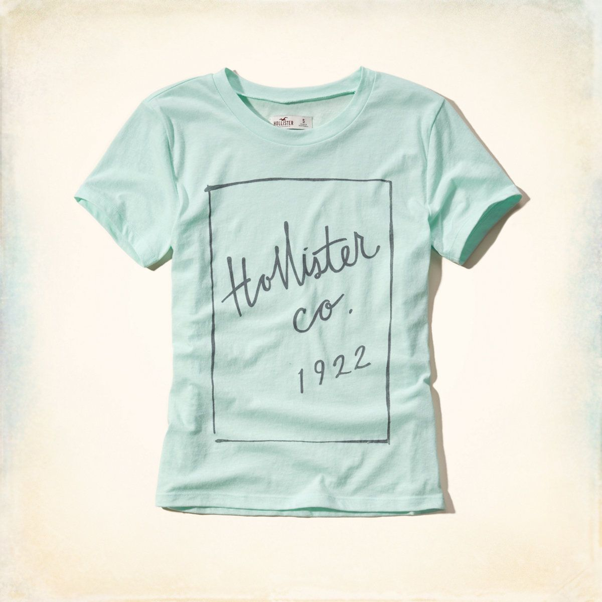 Girls Hollister Graphic Tee | Girls Tops | HollisterCo.com | Aero ...