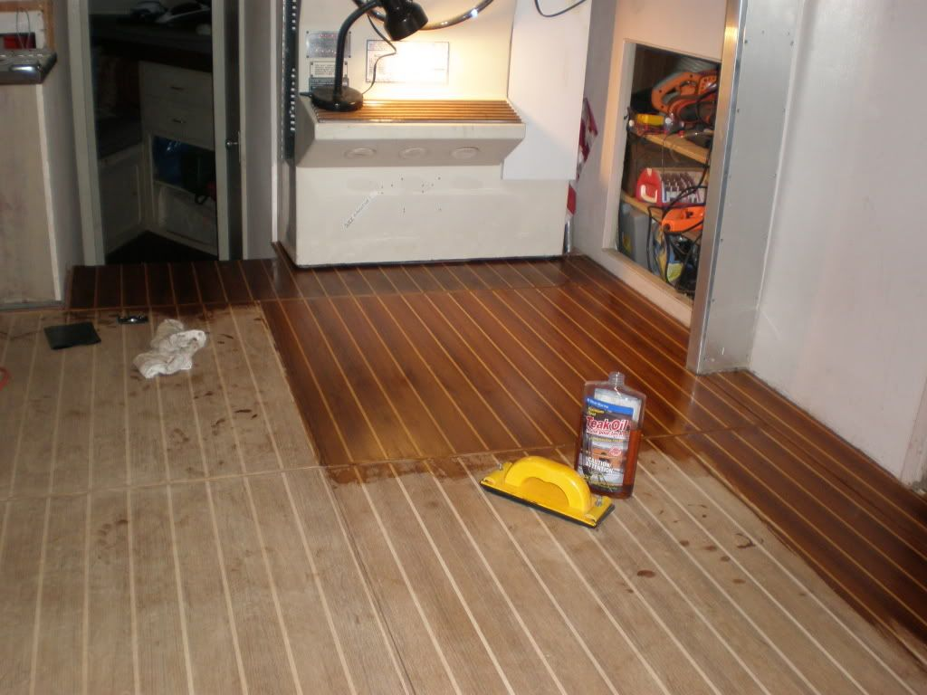 Find affordable boat deck flooring material sale for Riva laminate flooring