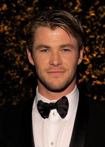 Chris Hemsworth | Tumblr | Hemsworth brothers, Chris ...