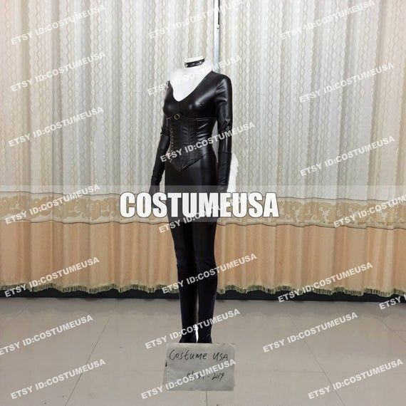 Custom made Size Titans Robin Cosplay Costume Superhero Nightwing Men Cosplay CostumeYou will Receieve:Full SetJumpsuit+Neck Acc, Gloves, Vest, Shoes CoverWe need those custom made size info from you, please.Total Height:Weight:Shoulder Width:Chest/Bust:Waist:Arm Length:Hip:Bicpes:Thigh:Calf Circumference:Foot Length in cm/inches:Boots Height:Cell Phone Number:To those who want to make it with standard size, please refer to the size chart. After you choose size chart, we still need some of your