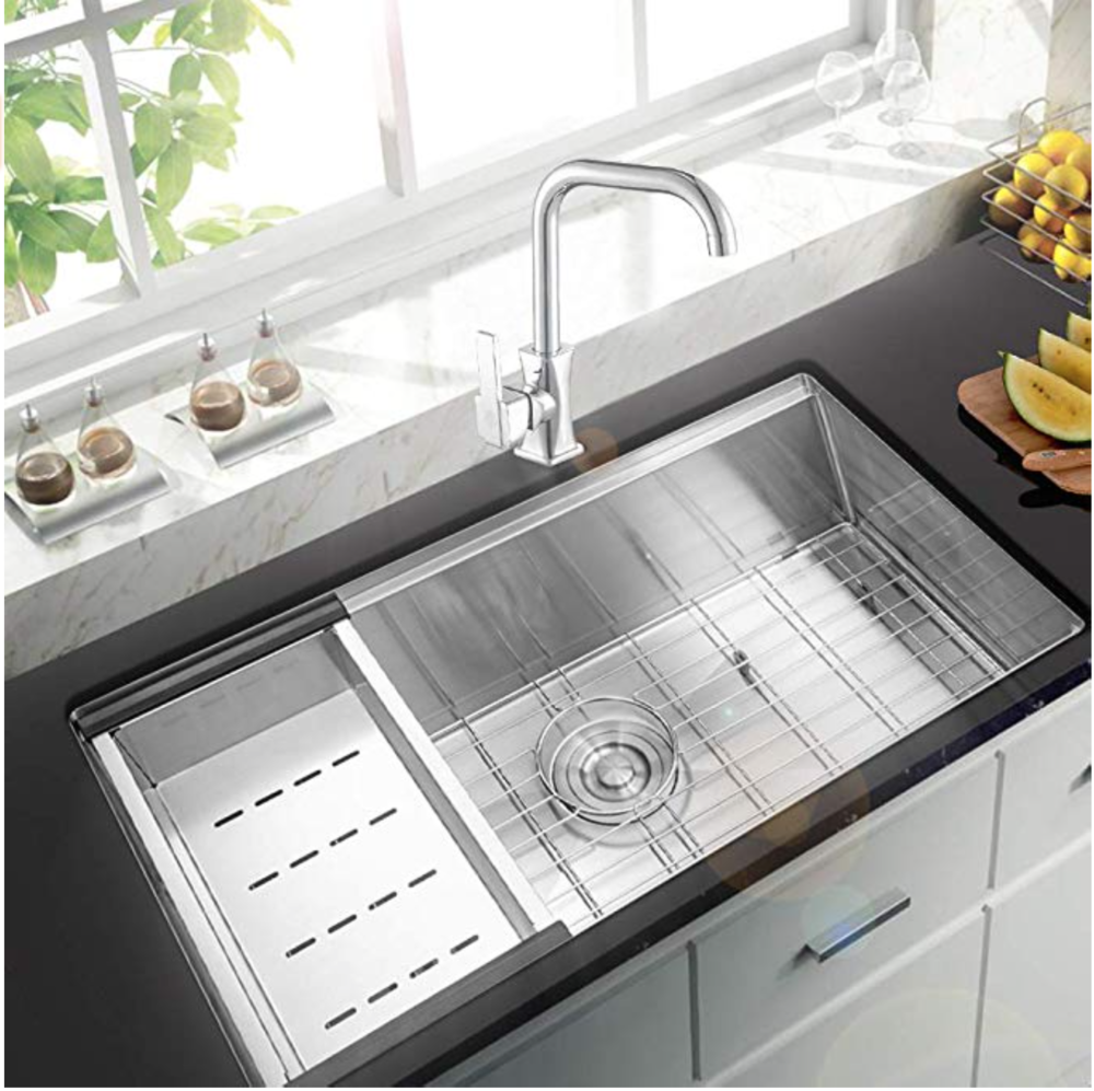 Why A Workstation Sink Will Be The Best Thing In Your Kitchen