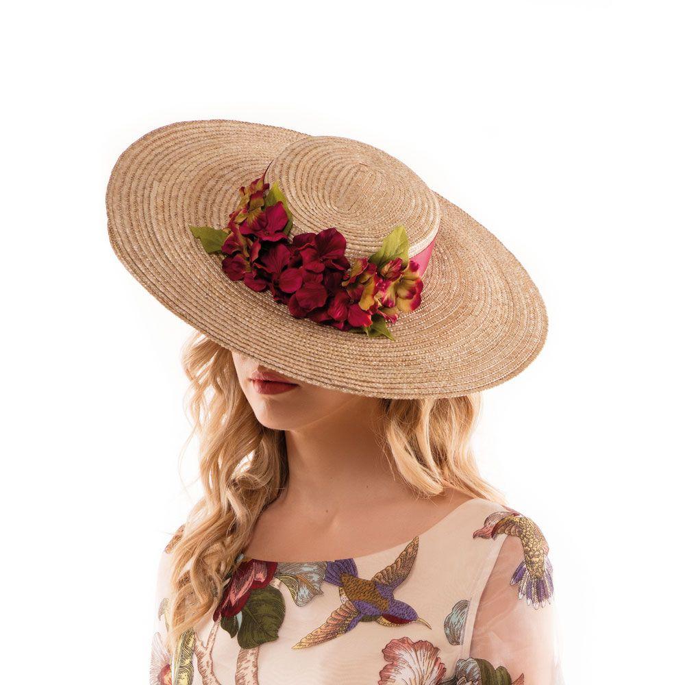 41ec1add PAMELA CHEVALIER Precioso sombrero de paja trenzada natural tipo canotier,  con copa cuadrada y gran