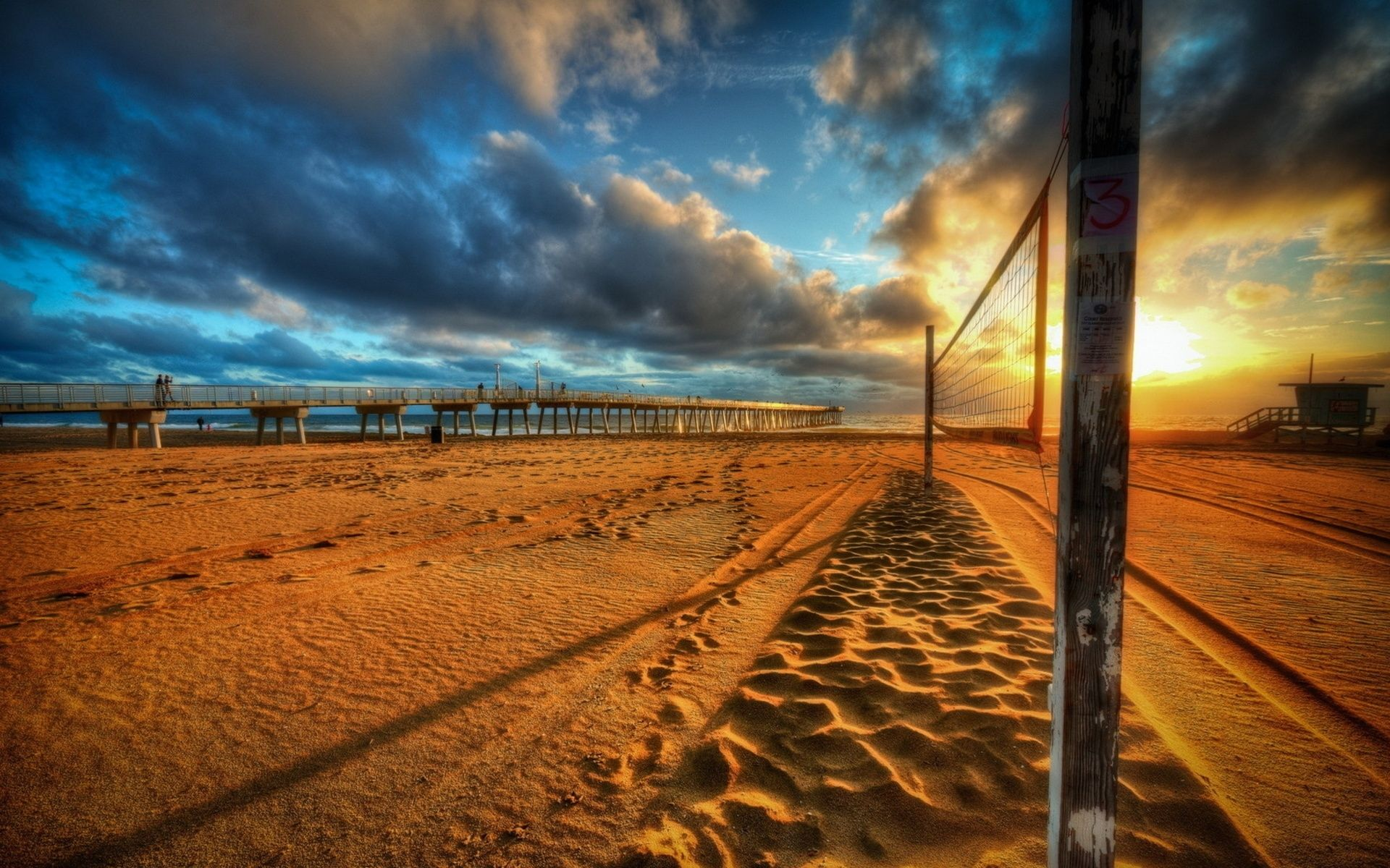 Download Original Grid Beach Volleyball Decline Sand Clouds Sky Colors Wallpaper W Puestas De Sol Fondo De Pantalla De Voleibol Fotografia De Naturaleza