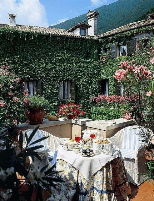 Summerset Gardens | Outdoor living rooms, Beautiful ... on Summerset Outdoor Living id=40141