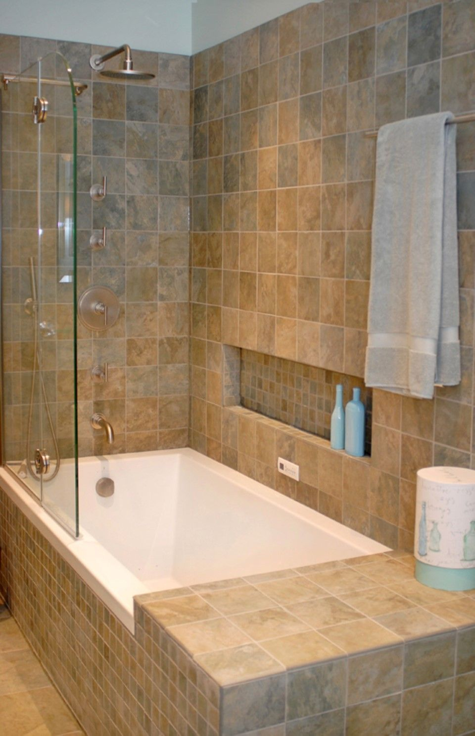 Bathroom Tiles Horizontal modern tub shower combinations: traditional bathroom tile idea and