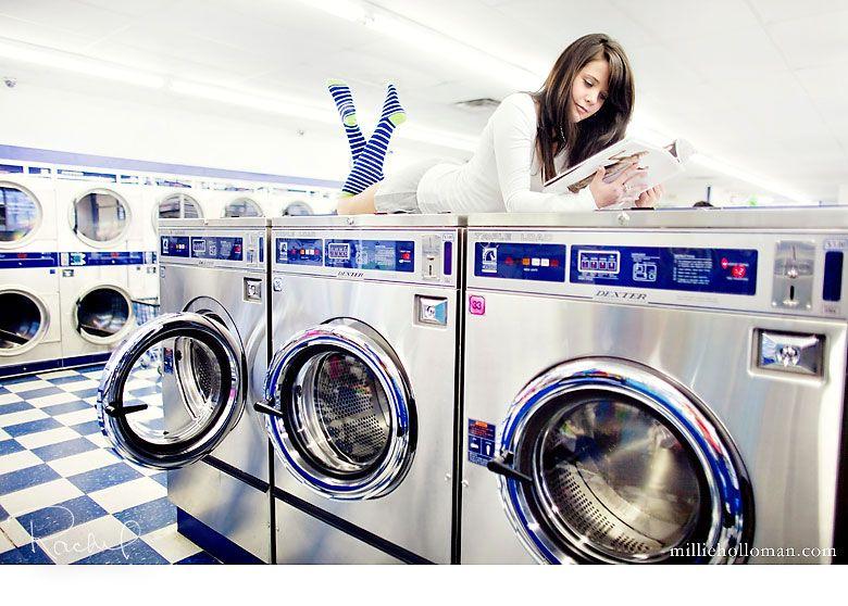 Fun Idea Laundromat Photo Shoot Laundry Mat Laundromat Laundry Shoot