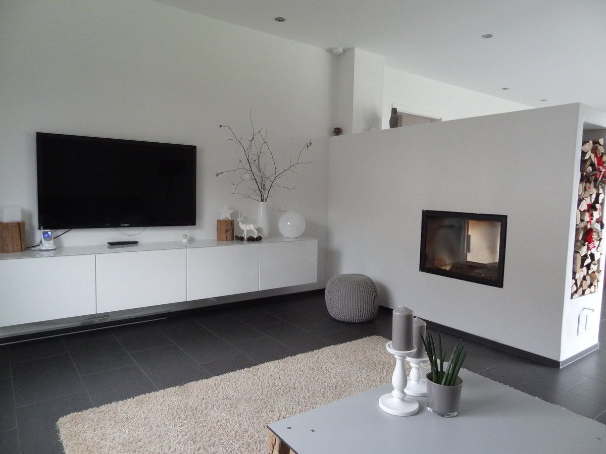 Kleine küchenideen vor und nach helles wohnzimmer und brauner designboden abgerundet mit dunklem